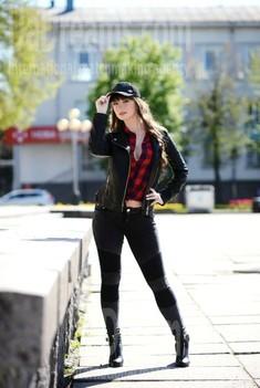 Tania von Rovno 28 jahre - Musikschwärmer Mädchen. My wenig öffentliches foto.