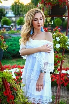 Oksana von Zaporozhye 39 jahre - intelligente Frau. My wenig öffentliches foto.
