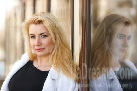 Sveta von Kremenchug 43 jahre - gute Frau. My wenig öffentliches foto.