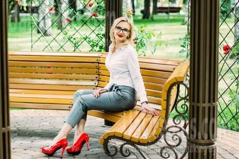 Olesya von Kharkov 44 jahre - aufmerksame Frau. My wenig öffentliches foto.