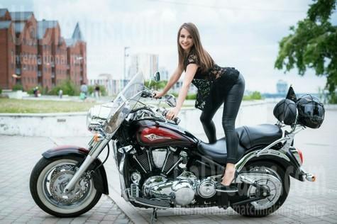 Irina von Dnipro 31 jahre - nach Beziehung suchen. My wenig öffentliches foto.