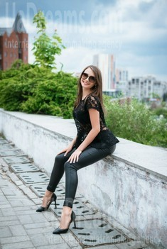 Irina von Dnipro 31 jahre - gutherzige russische Frau. My wenig öffentliches foto.