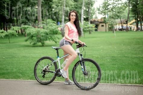 Tala von Kharkov 23 jahre - gutherzige russische Frau. My wenig öffentliches foto.