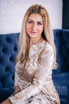 Svitlana von Lutsk 36 jahre - romatische Frau. My wenig öffentliches foto.