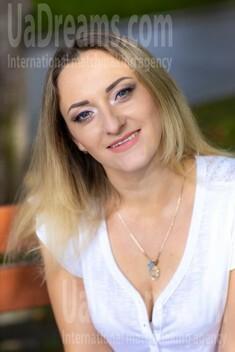 Irishka von Kremenchug 34 jahre - sorgsame Frau. My wenig öffentliches foto.