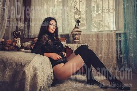 Katy von Kiev 27 jahre - Musikschwärmer Mädchen. My wenig öffentliches foto.