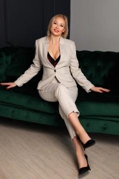 Elena von Zaporozhye 42 jahre - Frau für die Ehe. My wenig primäre foto.
