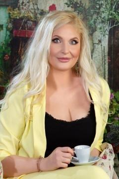 Julia von Odessa 37 jahre - nettes Mädchen. My mitte primäre foto.