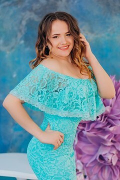 Alina von Lutsk 20 jahre - Lieblingskleid. My wenig primäre foto.