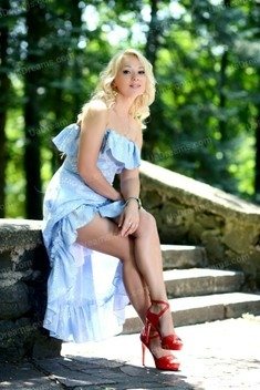 Larysa 42 jahre - Lieblingskleid. My wenig öffentliches foto.