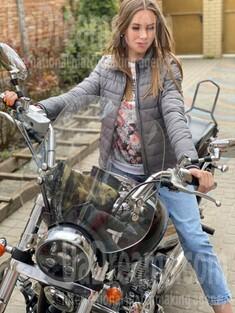 Nadezhda von Kharkov 32 jahre - romantisches Mädchen. My wenig öffentliches foto.