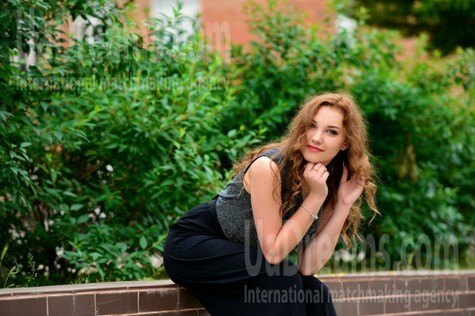 Alina von Cherkasy 21 jahre - Fotogalerie. My wenig öffentliches foto.