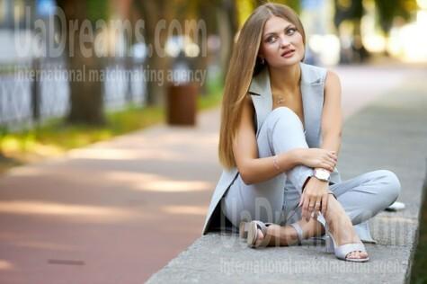 Olya von Kremenchug 30 jahre - herzenswarme Frau. My wenig öffentliches foto.