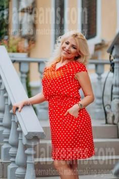 Oksana von Lutsk 44 jahre - hübsche Frau. My wenig öffentliches foto.