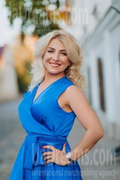 Oksana von Lutsk 44 jahre - Frau kennenlernen. My wenig öffentliches foto.