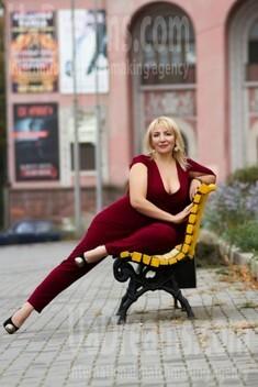 Helen von Zaporozhye 42 jahre - romatische Frau. My wenig öffentliches foto.