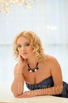 Alyona von Odessa 33 jahre - herzenswarme Frau. My wenig öffentliches foto.