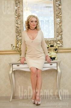 Alyona von Odessa 33 jahre - Lieblingskleid. My wenig öffentliches foto.