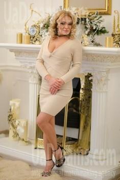 Alyona von Odessa 33 jahre - nettes Mädchen. My wenig öffentliches foto.