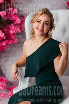 Viktoria von Poltava 38 jahre - nach Beziehung suchen. My wenig öffentliches foto.